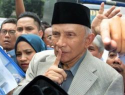 Barikade 98: Amin Rais, 'Penumpang Gelap',Reformasi'